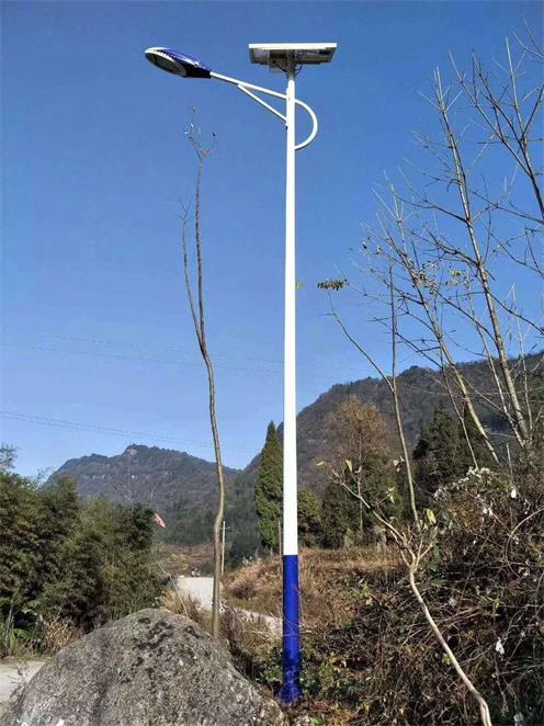 太阳能路灯1
